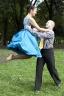 Универсальный хастл: танец, фитнес или отдых в кругу друзей?